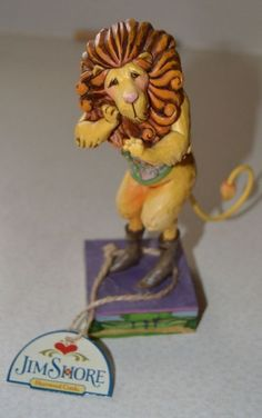 JIM SHORE THE WIZARD OF OZ LION HAND PAINTED BRAND NEW WITH TAGS  - http://collectiblefigurines.net/jim-shore/wizard-of-oz/jim-shore-the-wizard-of-oz-lion-hand-painted-brand-new-with-tags-2/