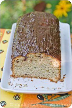 Zucchetti Cake (mit Olivenöl-Schokoladen Glasur)