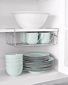 New Great and Easy DIY Kitchen Storage and Organization Ideas Diy Kitchen Storage, Diy Kitchen Decor, Kitchen Organization, Organization Hacks, Kitchen Design, Organizing Ideas, Organized Kitchen, Kitchen Hacks, Smart Kitchen