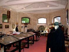 MUSEO DELLA LANA DI SCANNO Un museo che racchiude le testimonianze della popolazione seminomade della Valle del Sagittario, nei percorsi della transumanza per la lavorazione della lana e nella loro quotidianità.