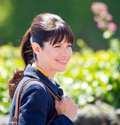 Beautiful photo of Caroline Catz as Louisa during filming of Doc Martin S7 - June 9, 2015 - via Doc Martin Series 7 blog