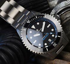 NEW Steinhart Ocean One Titanium 500 Dive Watch