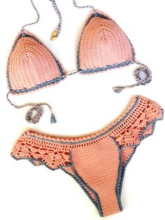 Motif Bikini Crochet, Bikinis Crochet, Crochet Triangle, Crochet Crop Top, Crochet Blouse, Crochet Girls, Crochet Art, Crochet Patterns, Crochet Bathing Suits