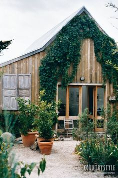 Moving from the city, the owners of this house in Malmsbury in Victoria turned a ramshackle cottage with no garden into a welcoming home with a drought-tolerant garden.