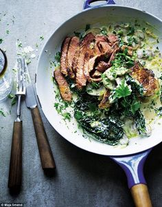 Joe Wicks (The Body Coach) Steak With Creamy Cavolo Nero & Mushrooms Recipe - Lean In 15 Steak Recipes, Cooking Recipes, Healthy Recipes, Easy Recipes, Joe Wicks Lean In 15, Joe Wicks Recipes, Steaks, Clean Eating, Healthy Eating