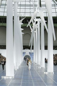 More Chanel Spring Summer 2013 runway center stage