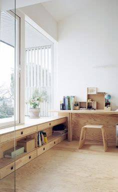 Gallery of A Suspended Room / NeM Architectes – 6 shelf under windows! A Suspended Room by NeM Architectes, Gentilly, France – 2012 Plywood Interior, Plywood Furniture, Plywood Desk, Plywood Floors, Diy Furniture, Sweet Home, Interior Architecture, Interior Design, Interior Paint
