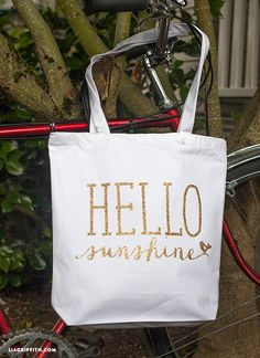 How to make a hello sunshine glitter tote bag perfect for summer
