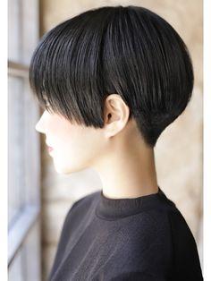 Pin on ショート Pin on ショート Short Hair Tomboy, Girl Short Hair, Short Hair With Layers, Short Hair Cuts, Hair In The Wind, Korean Short Hair, Cabello Hair, Shot Hair Styles, Japanese Hairstyle