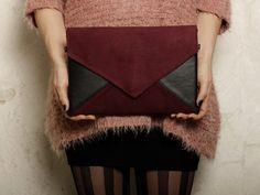 Clutch bag Letter Medium burgund black - clutch purse / handbag - vegan / eco / faux / leather / suede - with strap / pocket - bridesmaid