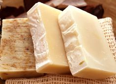 Milk Soap | Easy and Natural DIY Soaps by Pioneer Settler at http://pioneersettler.com/homemade-soap-making-recipes/