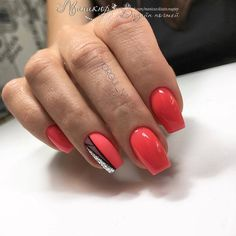 The advantage of the gel is that it allows you to enjoy your French manicure for a long time. There are four different ways to make a French manicure on gel nails. Orange Nails, Red Nails, Hair And Nails, Orange Glitter, Cute Nails, Pretty Nails, Nail Art Designs, Beautiful Nail Polish, Finger