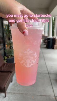 Bebidas Do Starbucks, Healthy Starbucks Drinks, Yummy Drinks, Yummy Food, Copo Starbucks, Non Coffee Starbucks Drinks, Coffee Drink Recipes, Starbucks Secret Menu Drinks, How To Order Starbucks