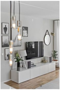Living Room Images, Living Room Grey, Small Living Rooms, Cozy Living, Tv On Wall Ideas Living Room, Small Living Room Ideas With Tv, Small Dining, Living Room Decor With Black Sofa, Design Of Living Room