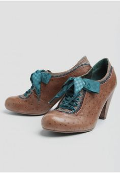 Backlash Pumps By Poetic Licence | Modern Vintage Heels & Wedges | Modern Vintage Shoes