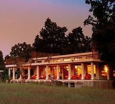 Taj Hotel Mahua Kothi in Jabalpur, Madhya Pradesh Madhya Pradesh, Luxury Accommodation, Tigers, Places To Go, Curry, National Parks, Wanderlust, Hotels, India