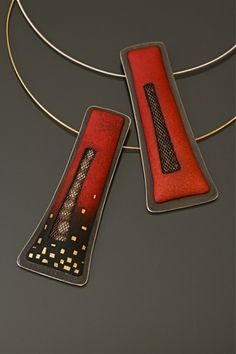 Necklace |  Angela Gerhard.   2009 Niche Awards Finalist - Metal Enameled
