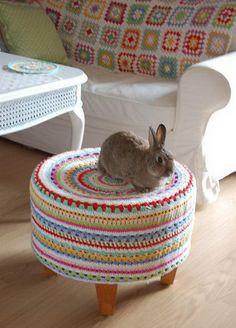 Knitting Stool. Cool Knitting Project Ideas