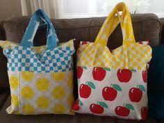 Zelfgemaakte tas met keukenhanddoeken van de Zeeman!