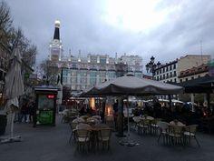 Lo mejor de dar un paseo por el Barrio de las Letras de Madrid es acabar en la Plaza de Santa Ana