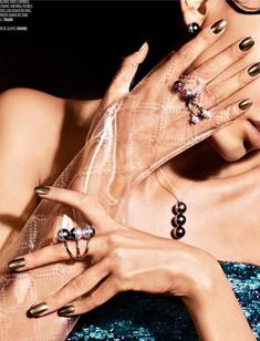 LUSTER FOR LIFE (Vogue Arabia)