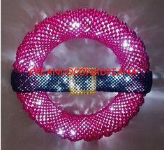 NAVIDAD - CREANDOCONADRIANA Friendship Bracelets, Beads, Christmas, Log Projects, Light Installation, Napkin Holders, Holiday Wreaths, Trapper Keeper, Pearls
