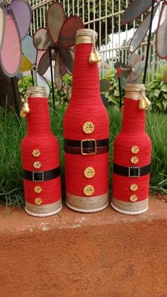 Garrafas Bottles And Jars, Glass Bottles, Do It Yourself Projects, Projects To Try, Reuse, Christmas Ideas, Arts And Crafts, Drink, Gifts