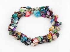 Aypearl.com --multi color shell necklace