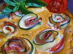 Cuketové závitky zapečené v sýrové omáčce Cauliflower Vegetable, Russian Recipes, Vegetables, Cooking, Food, Zucchini, Side Plates, Food Recipes, Meal