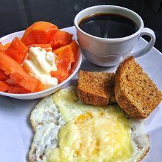 Good Healthy Recipes, Healthy Breakfast Recipes, Healthy Snacks, Snack Recipes, Healthy Eating, Tumblr Food, Food Platters, Food Humor, Morning Food