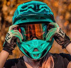 I want this eye-catching dirt bike honda Ktm Dirt Bikes, Cool Dirt Bikes, Dirt Bike Helmets, Dirt Bike Gear, Racing Helmets, Moto Racing, Moto Bike, Motorcycle Bike, Triumph Motorcycles
