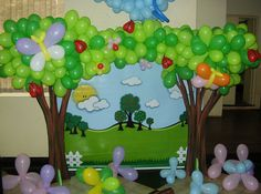 This is cool! Decorating with balloons!- I love these trees!