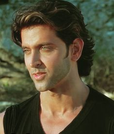 Bollywood Stars, Indian Celebrities, Bollywood Celebrities, Hrithik Roshan Hairstyle, Jodhaa Akbar, Surya Actor, Most Handsome Men, Star Wars, Indian Beauty Saree