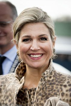 "November 22, 2016, Queen Máxima of The Netherlands visits the Roessing Research and Development Centre and ""Digital Workshop"" at the Hangar 11 of Airport Twente in Enschede"