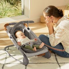 Here's a highlight of our top new picks from The Biggest Baby Shower in Chicago. Many of these items are great for minimalist parents! How Big Is Baby, Mom And Baby, Best Baby Bouncer, Minimalist Parenting, Baby Bottle Warmer, Amazon Baby, Delta Children, Play Gym, Nursing Pillow