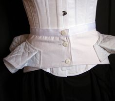 Victorian Bustle Pillow Support Made to Order by redthreaded - red lingerie, ensemble lingerie, womens white lingerie *ad Lingerie Latex, White Lingerie, Vintage Lingerie, Victorian Era Fashion, Vintage Fashion, Historical Costume, Historical Clothing, Bustle Dress, Couture Sewing