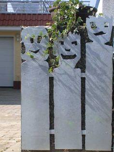 Verkleidung aus Stahl für eine Mülleimer Box
