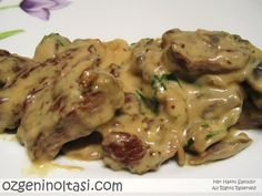 Tenderloin with Mushroom Sauce- Mantar Soslu Bonfile Tenderloin with Mushroom Sauce - Beef And Mushroom Recipe, Mushroom Recipes Indian, Mushroom Sauce, Meat Recipes, Appetizer Recipes, Crockpot Recipes, Vegetarian Recipes, Healthy Recipes, Casserole Recipes