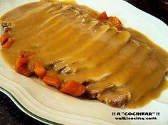 Receta sencilla y rápida de lomo en salsa y vistosa guarnición de arroz. Cocinado en olla rápida. Minced Beef Recipes, Pork Recipes, Wine Recipes, Mexican Food Recipes, Cooking Recipes, Spanish Recipes, Spanish Food, Recipies, Mince Dishes