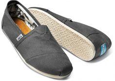 New Authentic Womens Toms Classic Slip On Flats Canvas Shoes US sizes Men's Toms, Toms Flats, Green Toms, Cheap Toms Shoes, Toms Classic, Toms Outlet, Prada Men, Hot Shoes, Moda Masculina