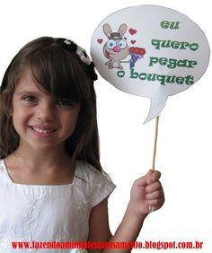 Passo a Passo de Placas com Frases Engraçadas para Fotos em Festas!