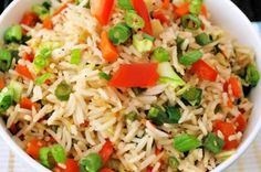 Vegetable Fried Rice is a popular Indo-Chinese recipe made using left over rice that is stir fried with veggies. Its a great way to use leftover rice and a healthier alternative to takeouts. Vegetable Fried Rice, Fried Vegetables, Vegetable Dishes, Veggies, Green Vegetarian, Vegetarian Recipes, Vegetarian Restaurants, Mexican Restaurants, Cooking Basmati Rice