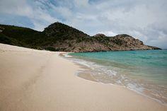 saint barts island | Jessica Alba unwinds in A-list paradise island St Barts