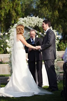 Navy Blue & Peach California Wedding | Bridal Musings