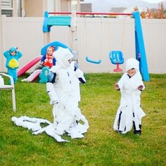 Looking for easy #Halloween #family #games? Try #toilet paper #mummy #relay #race this #weekend! #kids love it! #fun #holiday #parenting #socialgame http://pin.it/unLKHzZ
