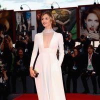#Venecia2013 #starsisems #italian #anchorwoman #FrancescaCavallin #square neckline #white #dress #in
