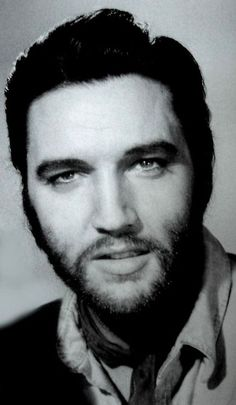 A bearded Elvis Presley in 'Charro', 1969.   This was a VERY GOOD look for Elvis!