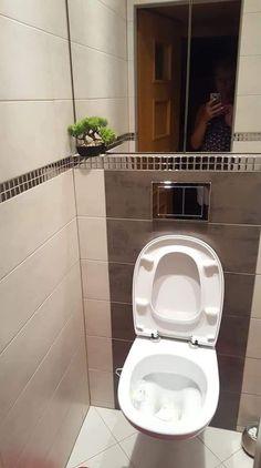 The Best 2019 Interior Design Trends - Interior Design Ideas Beige Bathroom, Bathroom Interior, Interior Design Living Room, Small Bathroom, Toilette Design, Home Studio Photography, Downstairs Toilet, Bathroom Tile Designs, Bathroom Toilets
