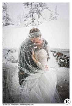 """Winter Wedding at Timberline Lodge, Mt. Hood, Oregon. I usually don't like the """"veil over the groom"""" pics but this is just beautiful! So amazing!"""