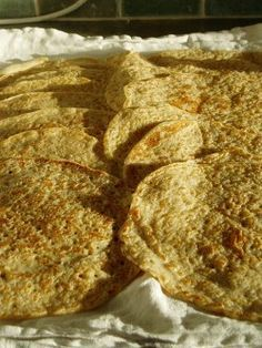 like a yeasted oat crepe Oat Flour Pancakes, Pancakes And Waffles, Staffordshire Oatcakes Recipe, Breakfast Specials, Flatbread Recipes, English Food, Irish Recipes, Breakfast Dishes, Sans Gluten